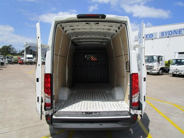 iveco daily 832990 009