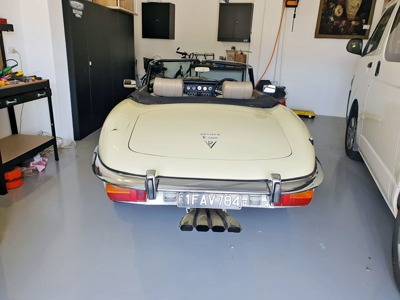 jaguar e-type 834223 014