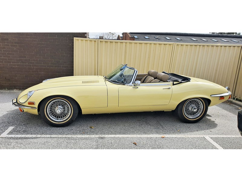 jaguar e-type 834223 001