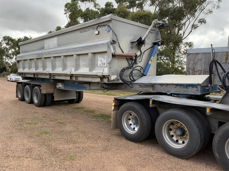 muscat mt2103 b double side tippers 835992 021