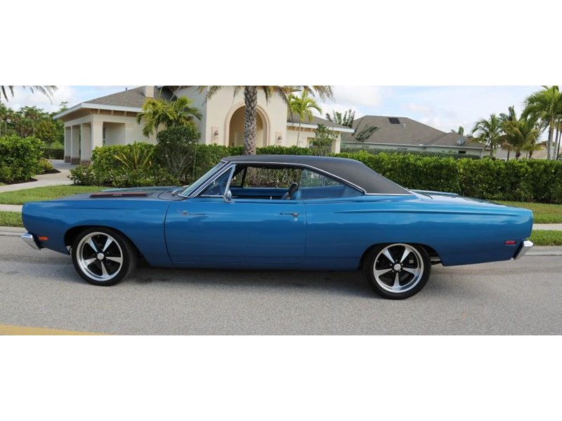 plymouth road runner 837453 005