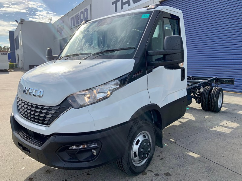 iveco daily 50c18a8 837386 003