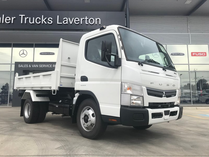 fuso canter 820401 001