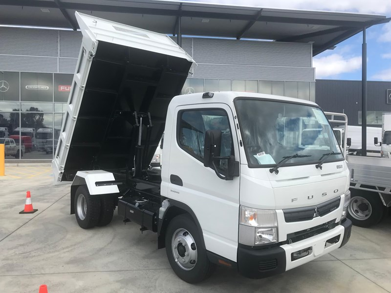 fuso canter 820401 038