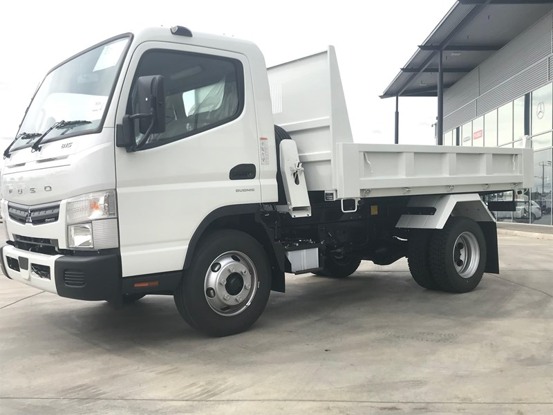 fuso canter 820401 004