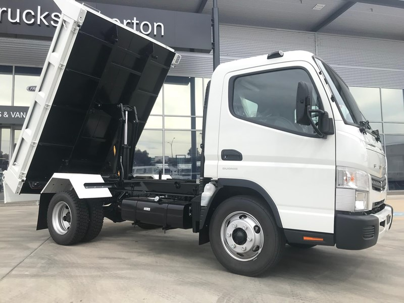 fuso canter 820401 017