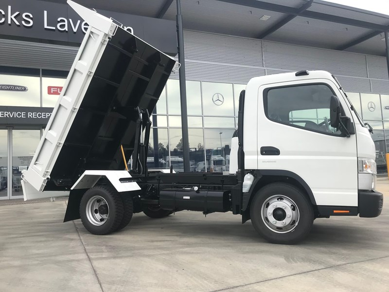 fuso canter 820401 024