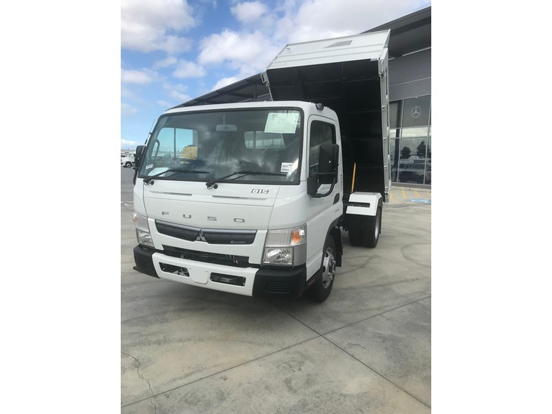 fuso canter 820401 037