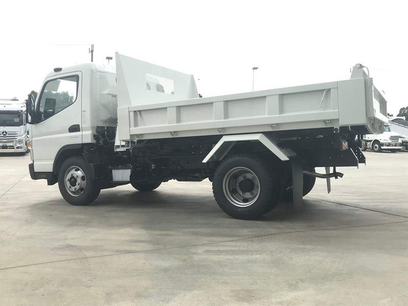 fuso canter 820401 007