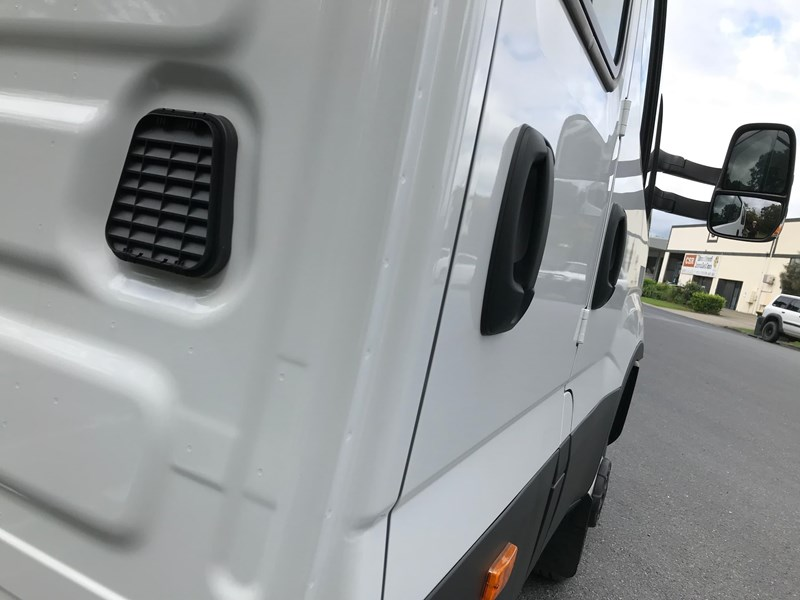 iveco daily 35s17 795409 013