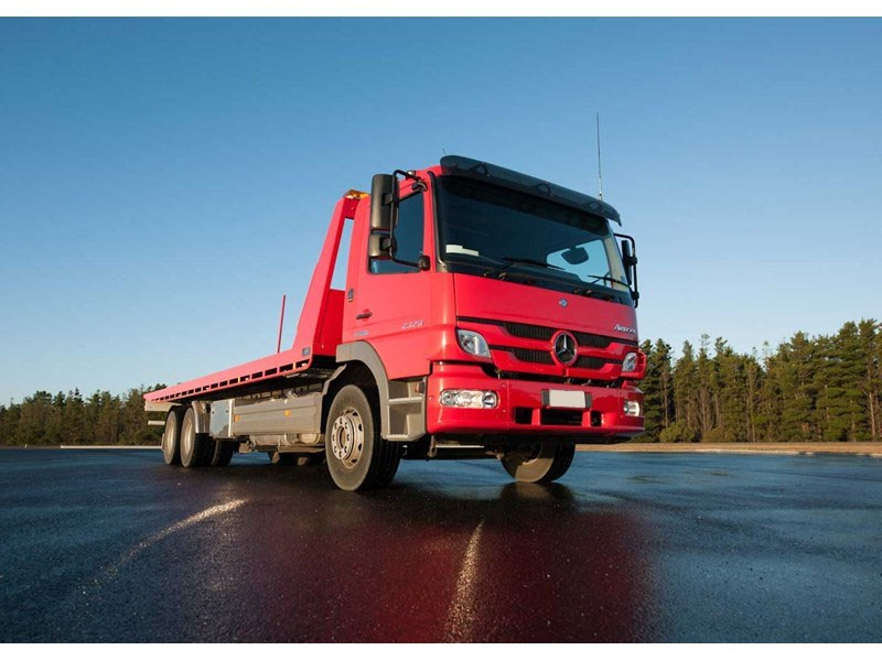 Mercedes-Benz Atego 2324 L 6x2 Rigid