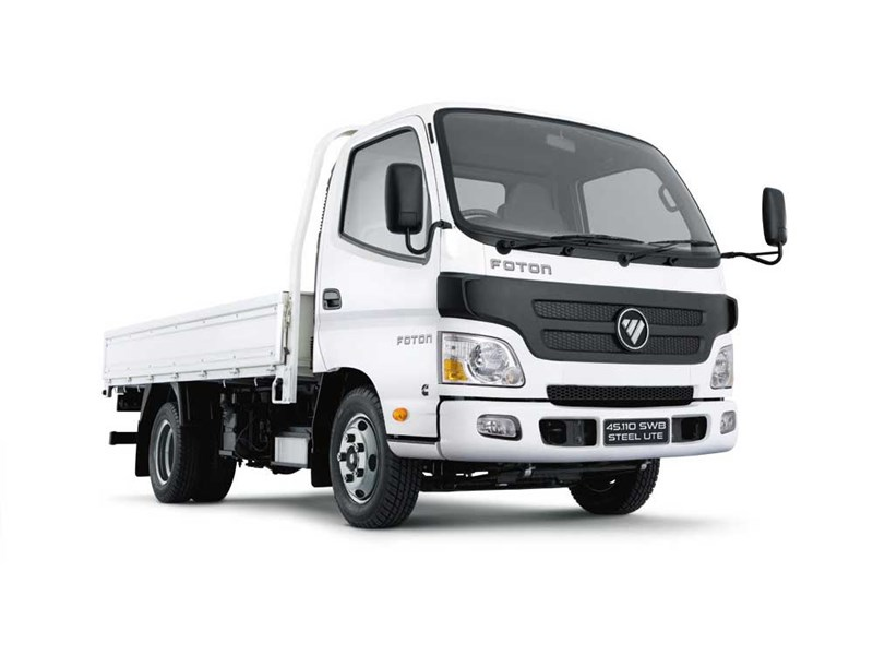 Foton 45.110 SWB with Tray
