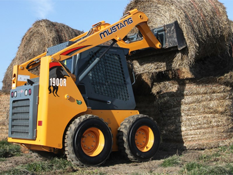 Mustang 1900R Skid Steer Loader