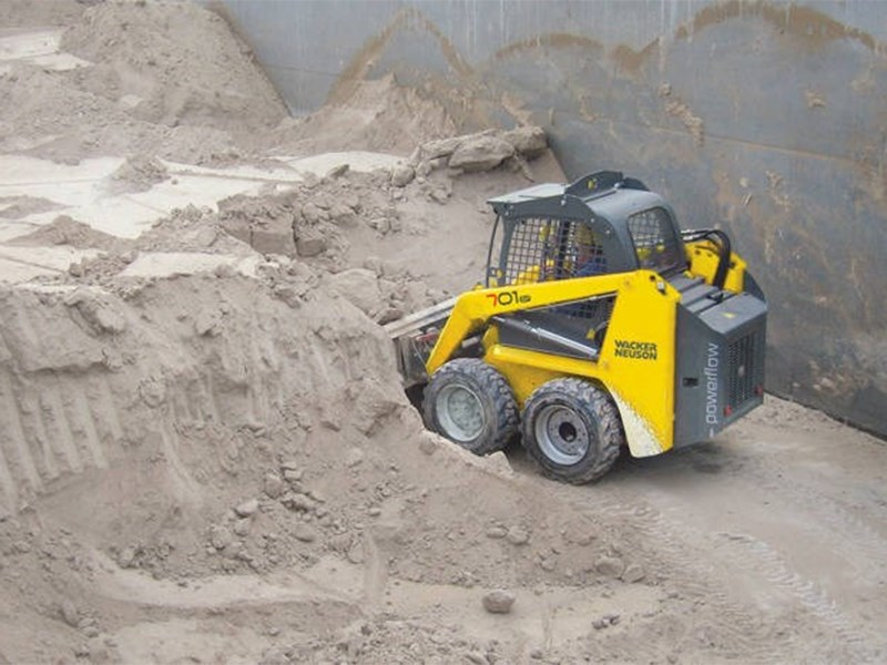 Wacker Neuson 701s Skid Steer Loader
