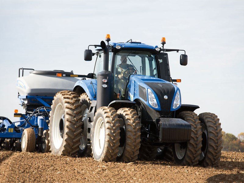 New Holland T8 Tractor