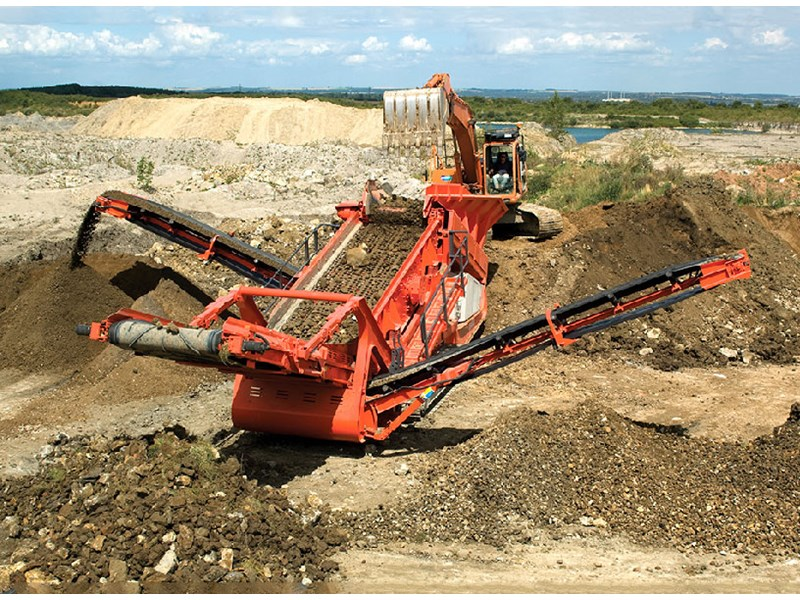 Sandvik-QE440-screen-scalper