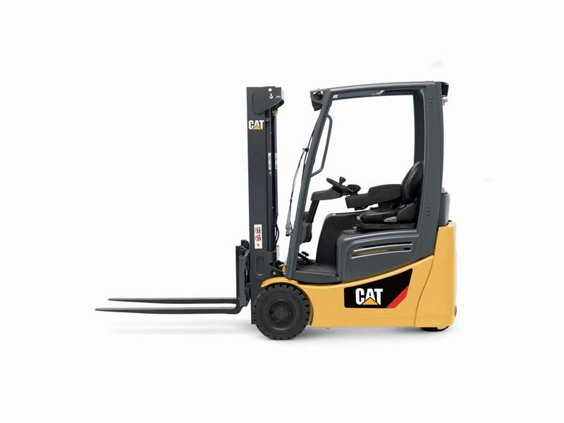 CAT-Pneumatic-3-wheel-Electric-Forklift