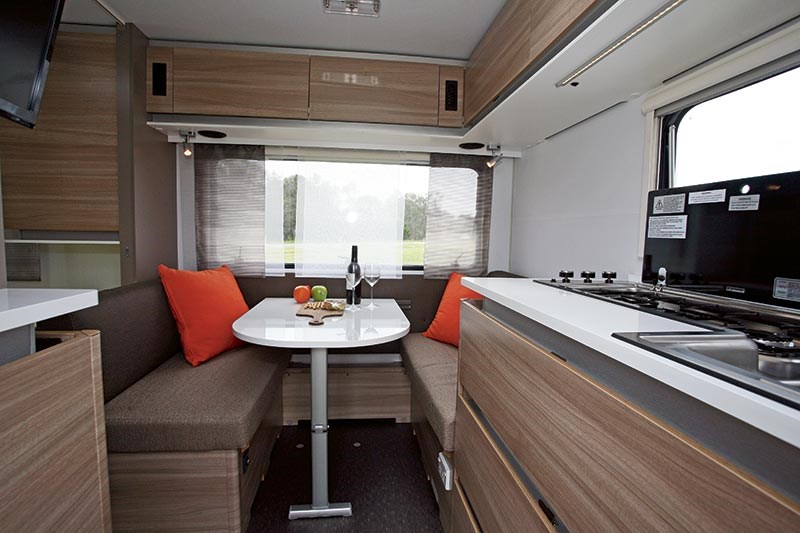 Adria Altea 402PH caravan