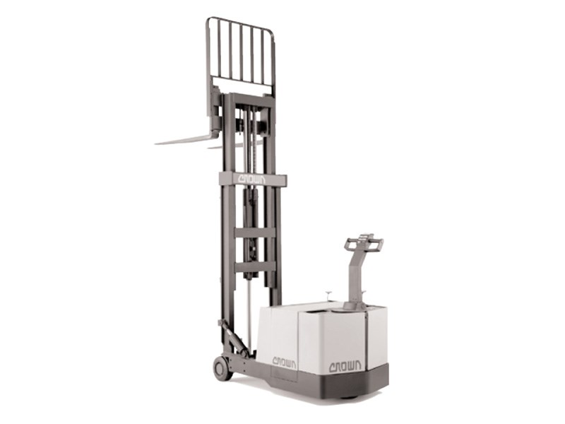 Crown WB Walkie Stacker