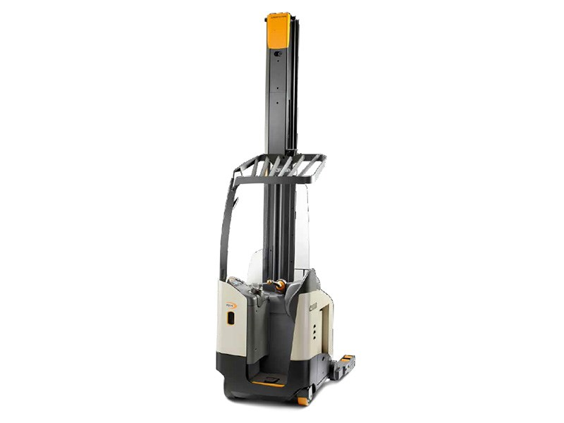 Crown RM RMD 6000 Series Reach Truck