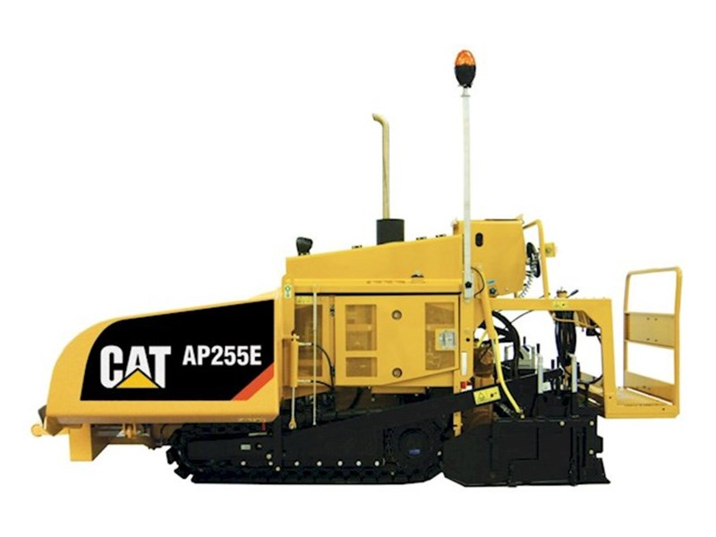 Caterpillar AP255E Paver
