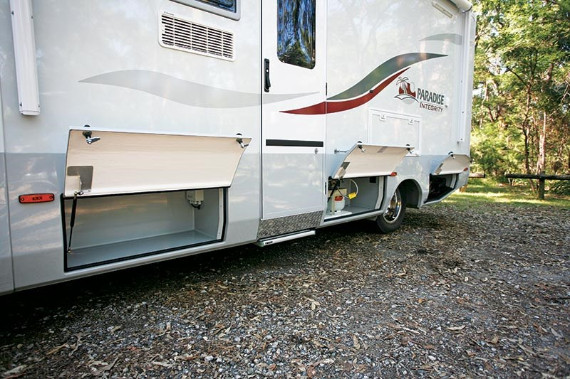 Paradise Integrity Lite Deluxe motorhome