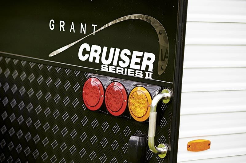 Essential Caravans Grant Cruiser 21ft Family II