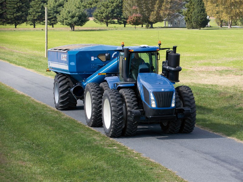 New Holland T9 tractors