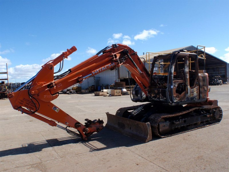 hitachi zx135us-3 221564 001