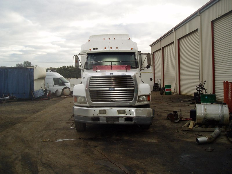 ford lts9000 221416 007