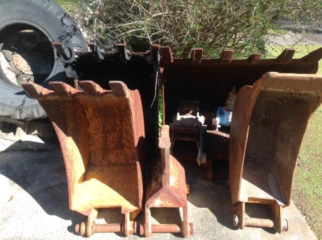 jcb backhoe buckets 227585 001