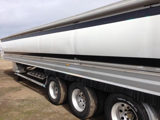 marshall lethlean & other brands - triaxle aluminium fuel tanker 230064 007