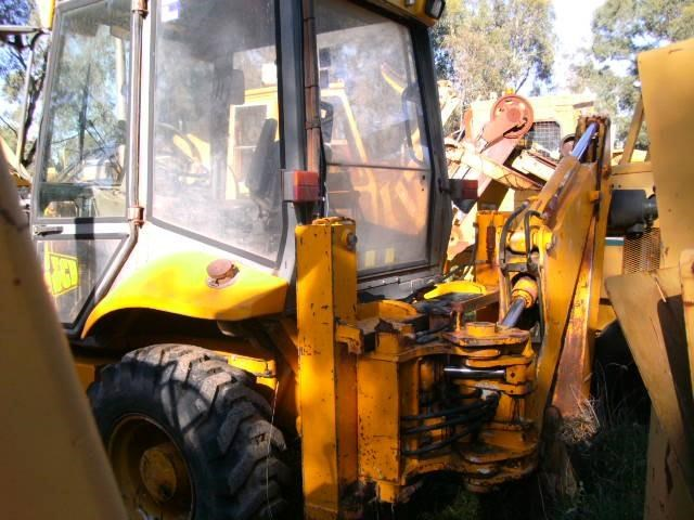 jcb 2cx backhoe loader 232303 003