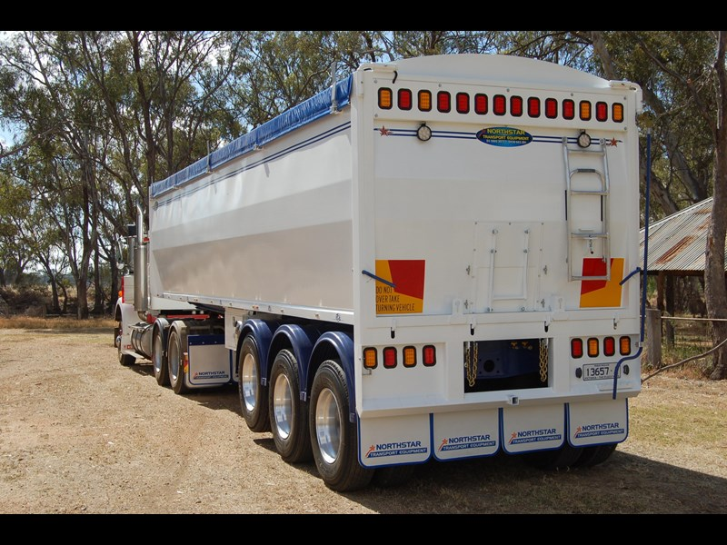 northstar transport equipment 2019 grain tipper 63094 009