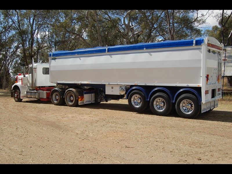 northstar transport equipment 2019 grain tipper 63094 007