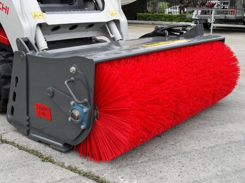 rhino heavy duty sweeper. 1800mm open mouth 4 in 1 bucket broom suit caterpillar skid steer cat loaders 236540 001