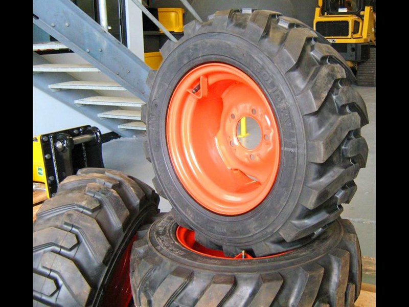 rhino 8.5-12 spare tyre assemble fit bobcat model 463 skid steer loaders [atttyre] [work ready]   [ 6 ply tubeless ] 236946 013