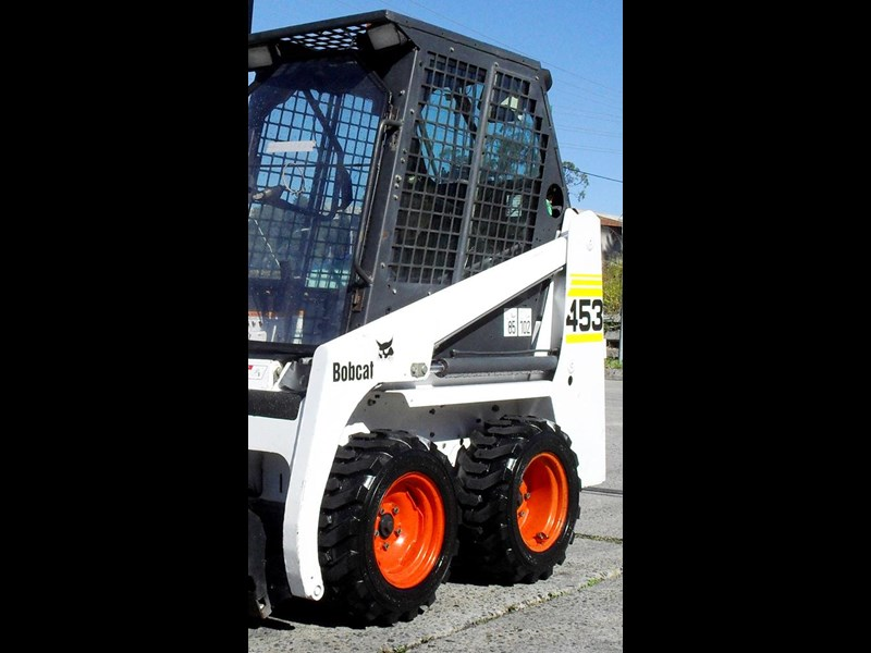 rhino 8.5-12 spare tyre assemble fit bobcat model 463 skid steer loaders [atttyre] [work ready]   [ 6 ply tubeless ] 236946 033