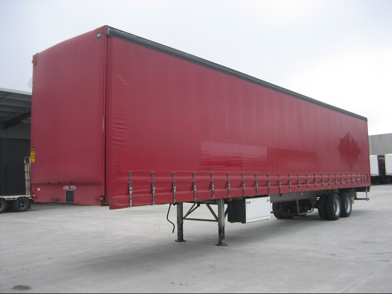 freighter 48' curtainsider st-2-od 15409 007