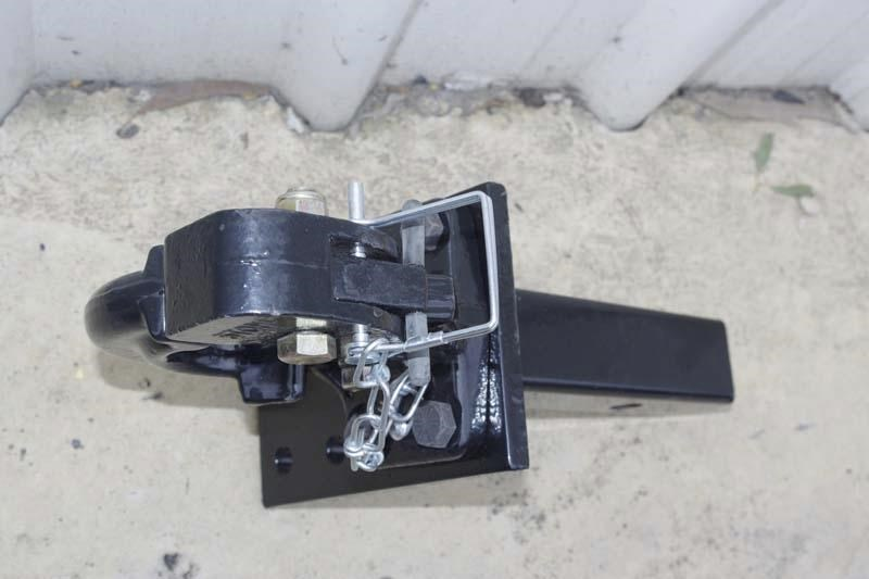 workmate 5 ton forged pintle hook with 4 hole mount 11323 003
