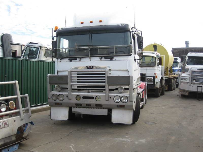 western star wrecking 38746 003