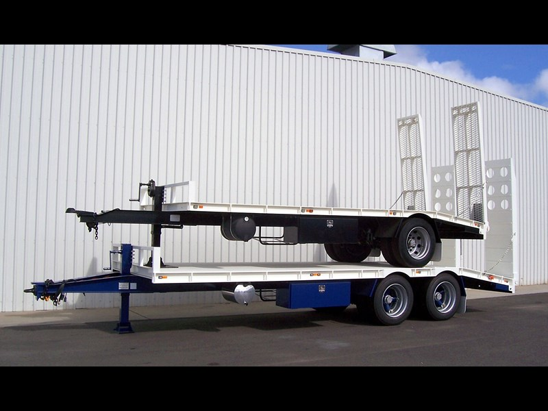 cbtc new tri / tandem & single axle tag trailers. 13648 003