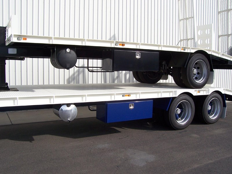 cbtc single, tandem & tri-axle machinery trailers 14233 011