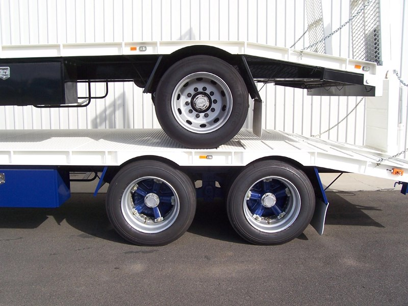 cbtc single, tandem & tri-axle machinery trailers 14233 013