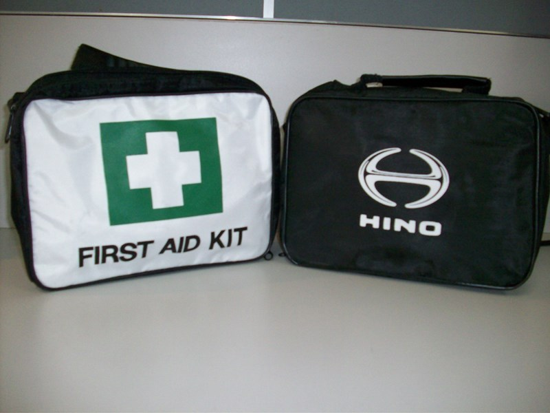 hino first aid kit 18248 001