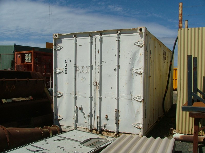 container for explosives 20ft 10328 001