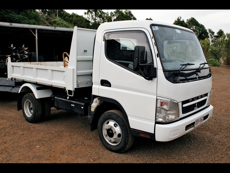 fuso canter 1249 001