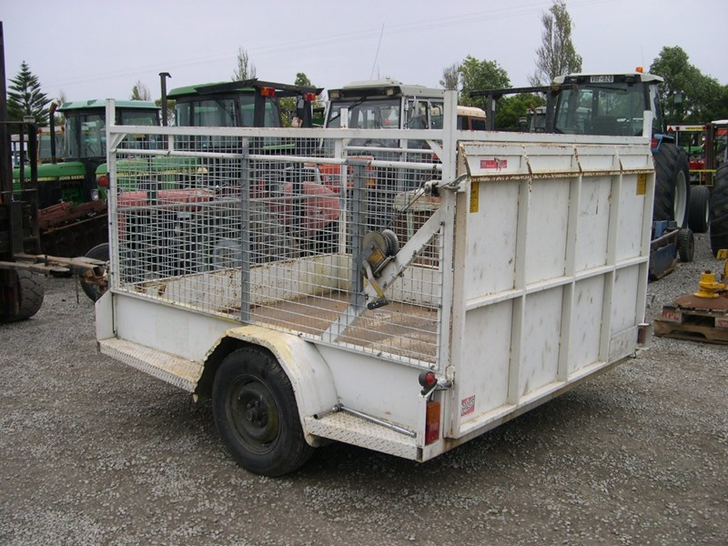 custom caged trailer 13115 003
