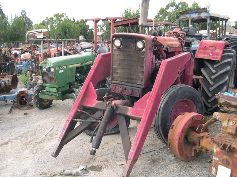 various tractors to dismantle 14968 001