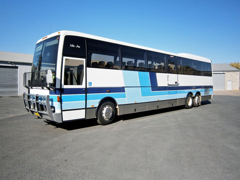 scania k113tr 13.5 metre coach, 1999 model 10979 001